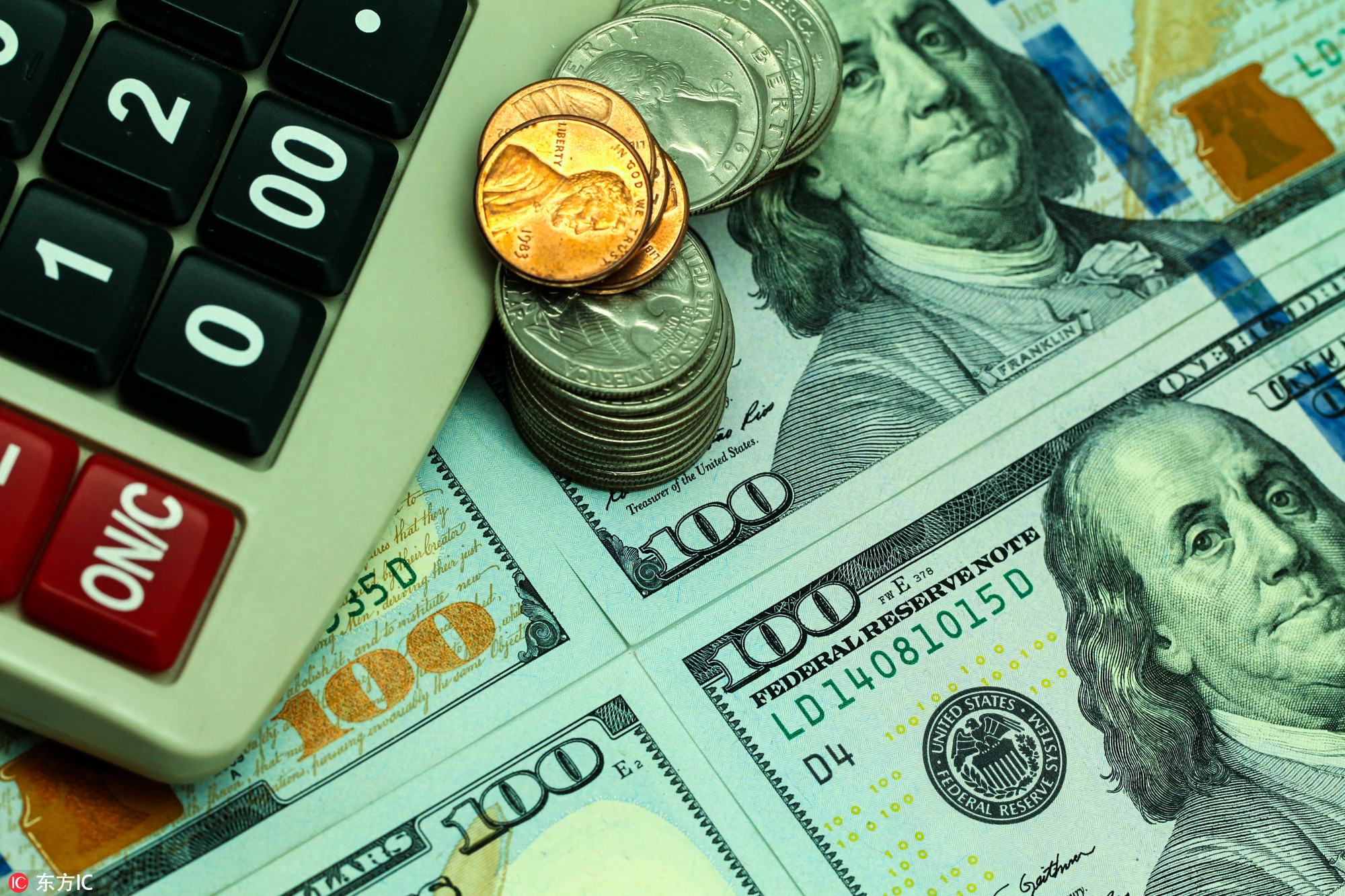 巴菲特捐36亿美元