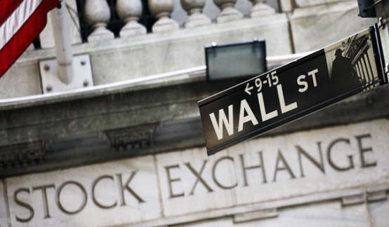 """这张图令华尔街""""心惊胆战"""":如今美股正在""""Ctrl V""""2000年的那场泡沫?"""