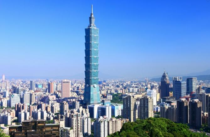 台湾央行怼财政的背后:贫富悬殊、产业停滞和被割韭菜的民众
