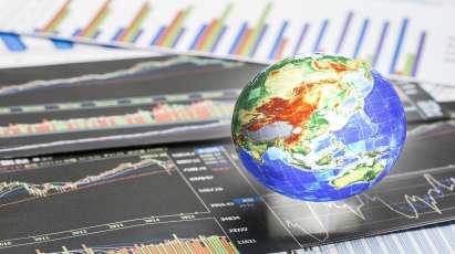 全球股市集体跳水,谁闯的祸?