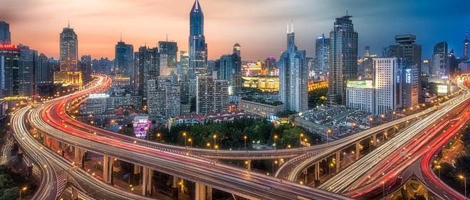 雅居乐地产: 千亿之后开启新的成长期