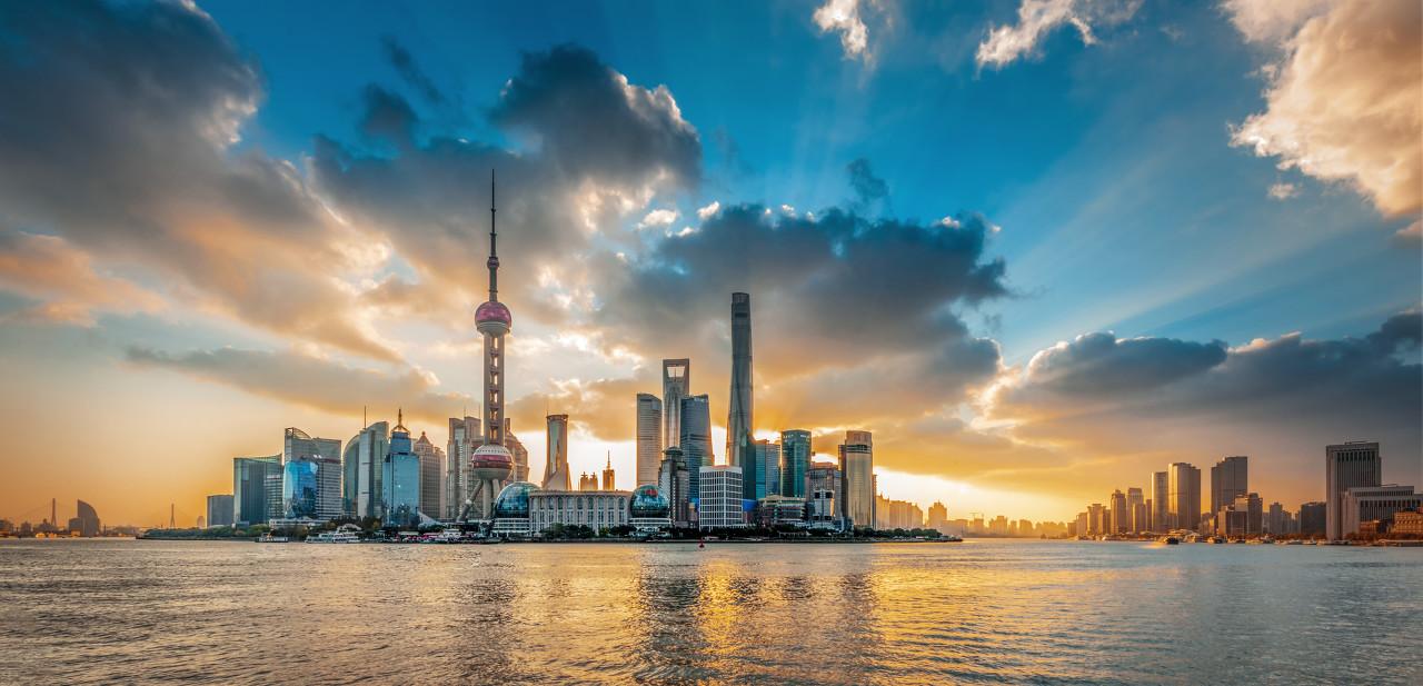 上海自贸区概念股拉升上海自贸区临港新片区正式揭牌