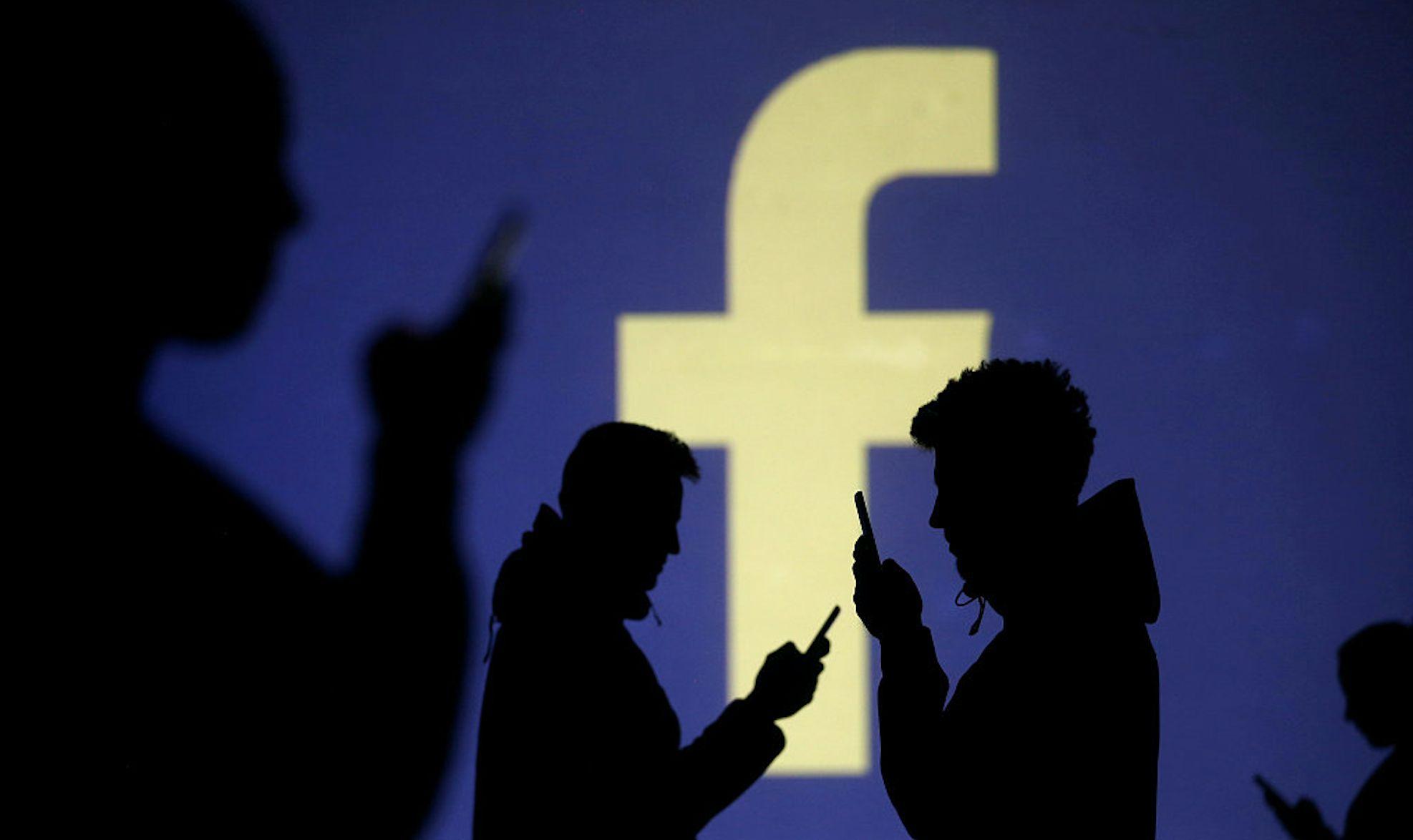Facebook的逆境求生