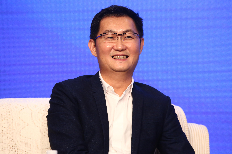 人民日报专访马化腾:不太相信弯道超车,更欣赏仰望星空与脚踏实地