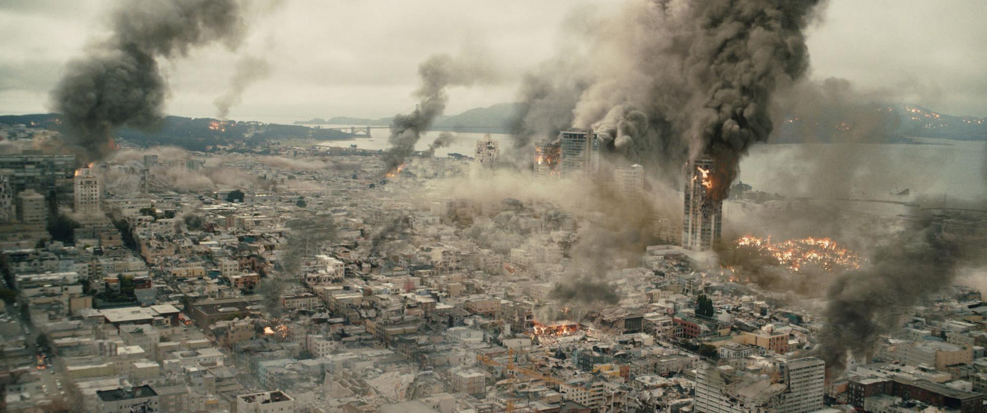 多起爆炸事故引发化工品涨价潮,受益股有哪些,机构怎么看?