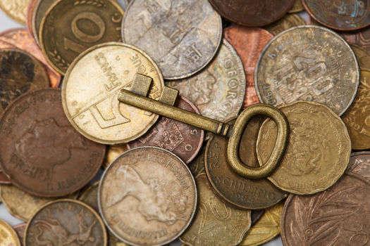 从社融底到经济底:长端利率筑底,助力保险估值修复