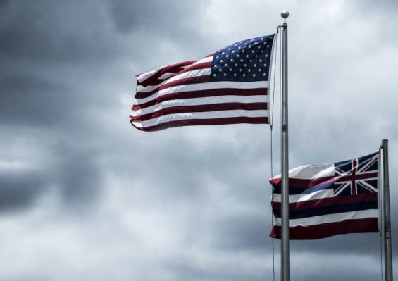 李湛:美国最新政治走势与经济预警信号