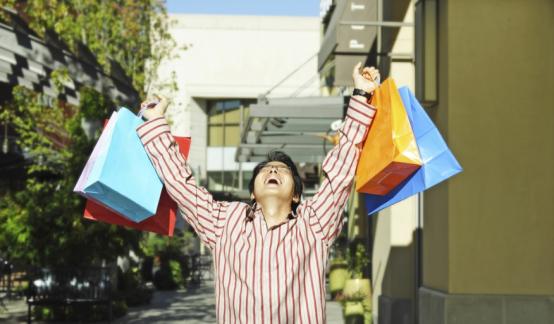 """扛起""""买买买""""大旗!单身正成为新消费的中坚力量"""