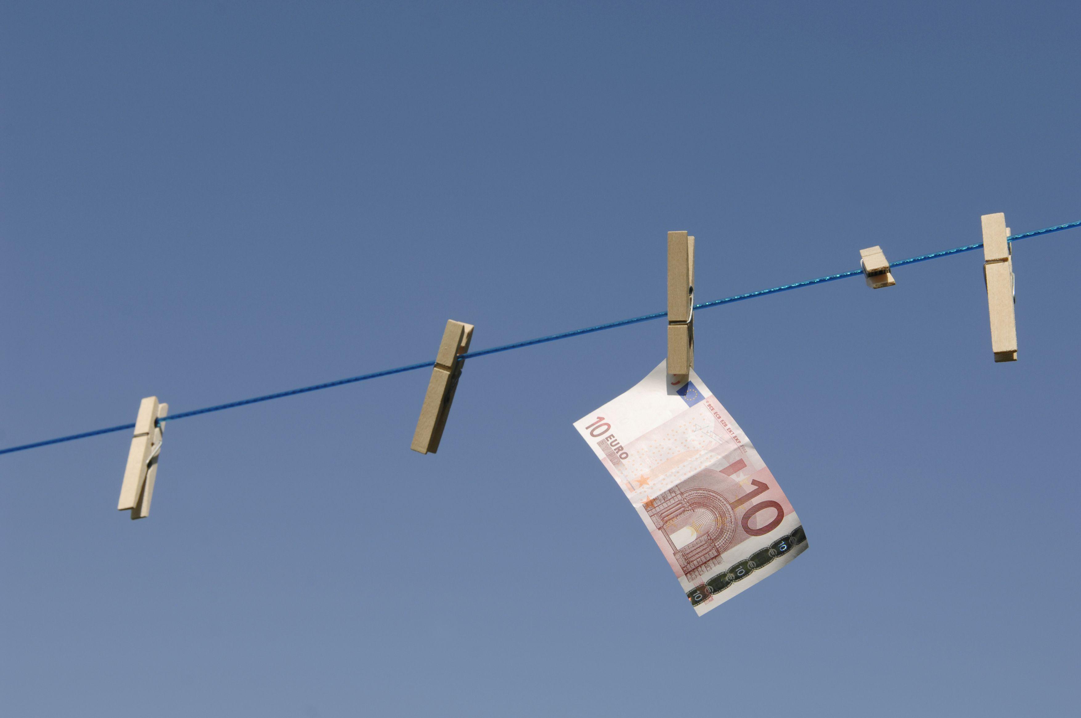 """韩会师:如何避免""""习惯性""""货币崩溃?"""