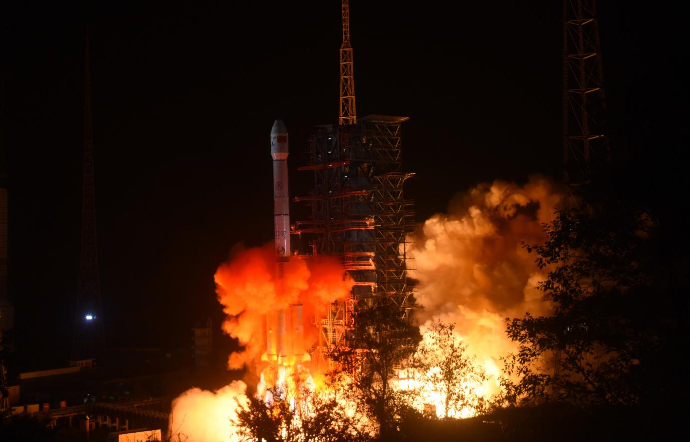 嫦娥四号发射成功正前往月球背面 一文读懂所有亮点