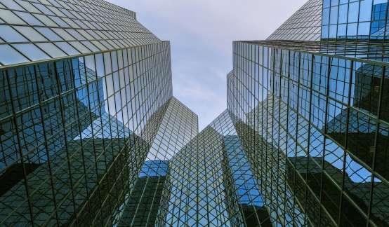 东莞上市房企第一股,高负债难题是否可破?