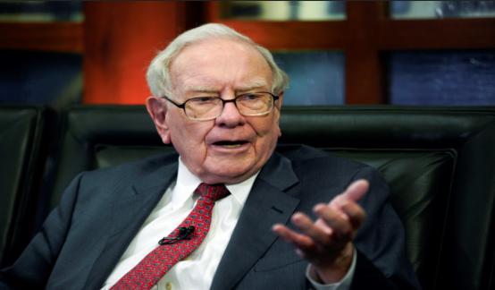 巴菲特旗下伯克希尔四季度减持苹果甲骨文 股票资产缩水380亿美元