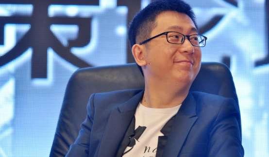杨伟东倒了,中国互联网企业还要病多久?