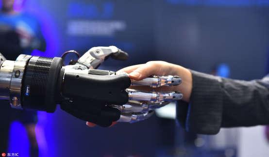 李开复:五年以后中国在AI方面的应用和价值会超过美国